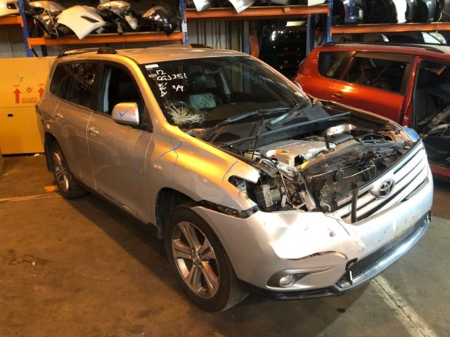 Toyota Highlander GSU45 2010-2013